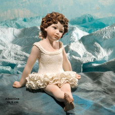 Albertine Фарфоровая статуэтка