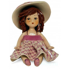 Кукла в сиреневом платье