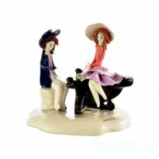 Пианист играет для дамы