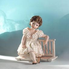 Tess Фарфоровая статуэтка